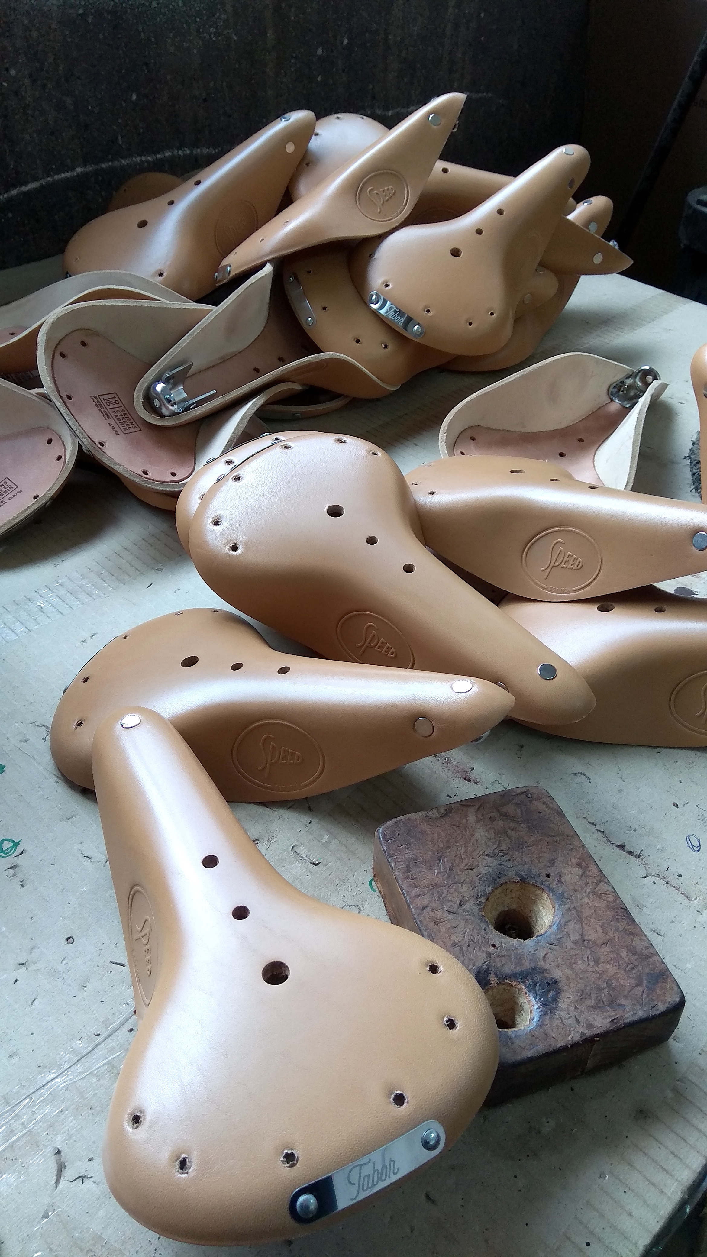 Custom Leather Saddles by Tabor